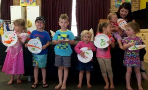 Falcon Playgroup Monday session Plate mobile
